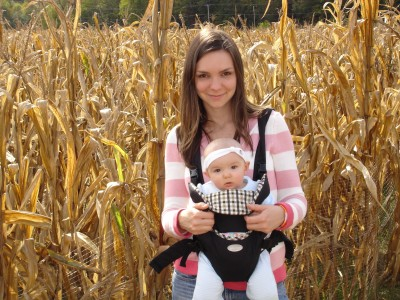 Lila and mommy at the corn maze